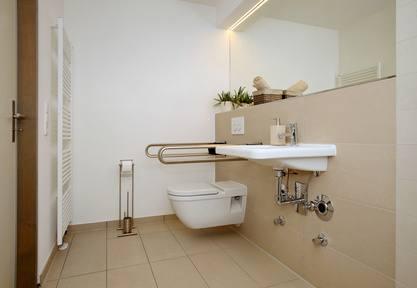 modernisierung des badezimmers teil i hausverwalterscout. Black Bedroom Furniture Sets. Home Design Ideas